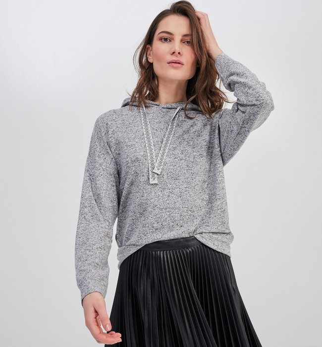 Pull femme noeud dos